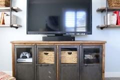 playroom_tvs-scaled