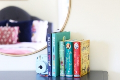 dresser_kids_room_books-scaled