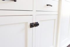 cabinet_latch_hardware
