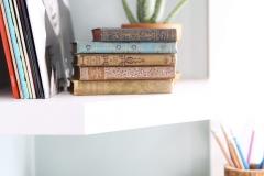 kitchen_vintage_books