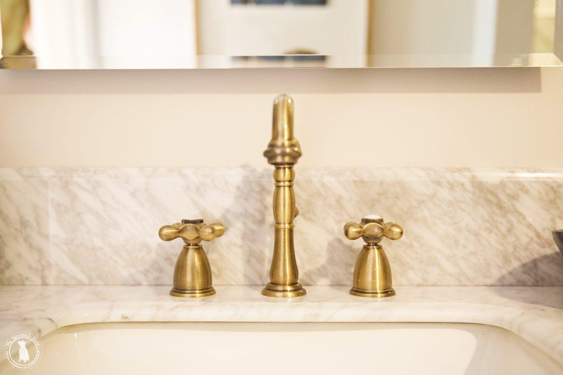 brass_faucet_bath
