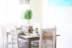 beach_dining_table