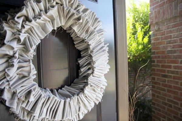 ruffle wreath : a how to