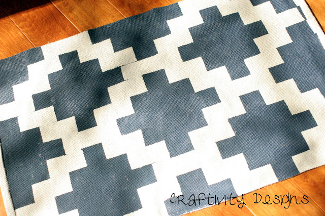 entryway_painted_rug