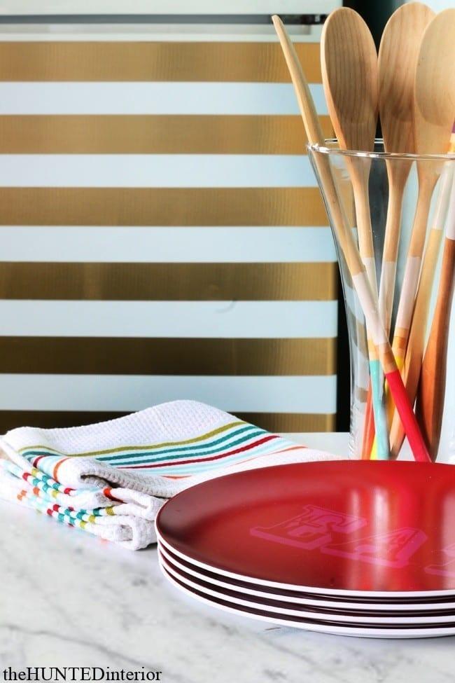 golden_striped_refridgerator