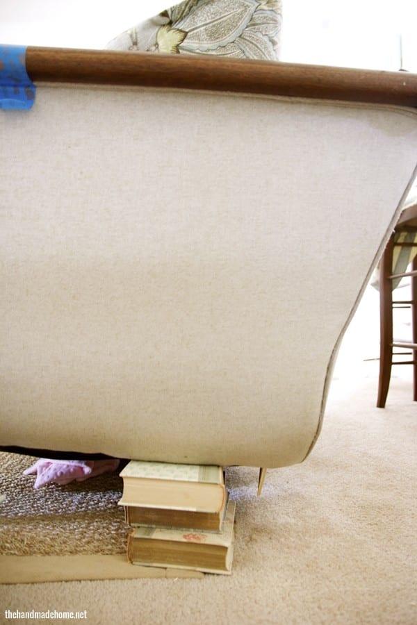 missing_sofa_leg