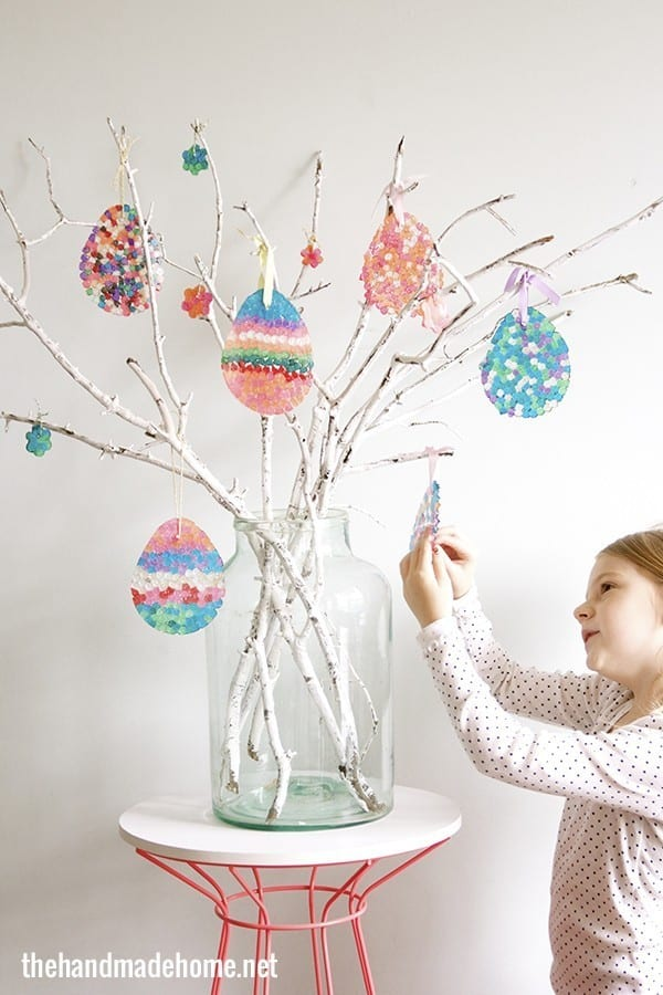 How to make an easter egg tree diy sun catchers the How to make an easter egg tree