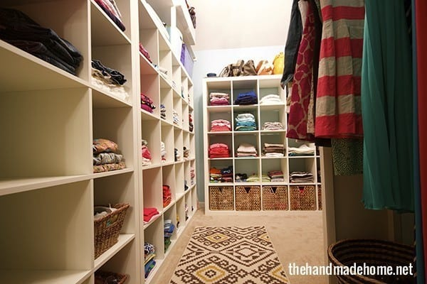 closet_organization_ideas_family.jpg.pagespeed.ce.J7Q_jSfJyY