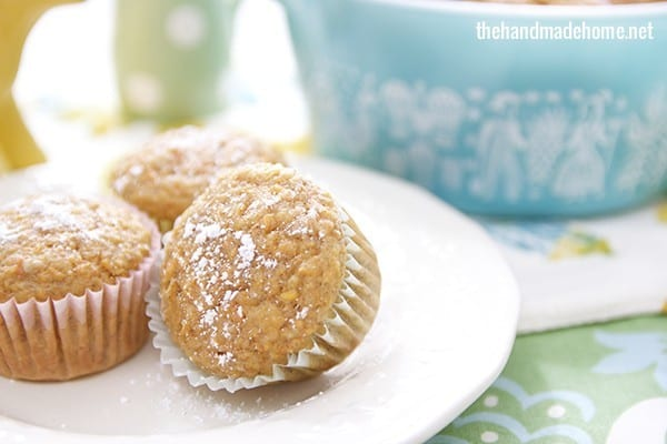 simple_carrot_muffins