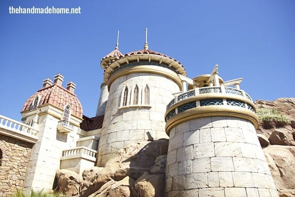 Ariel's_castle_disney