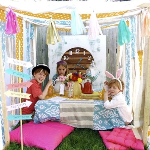 alice in wonderland tea party {no sew tent}
