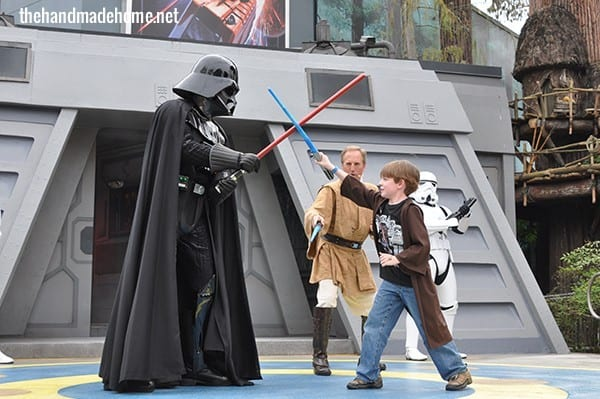 jedi_training_academy_hollywood_studios_fight_darth_vader