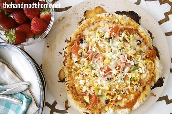 artisan_pizza.jpg.pagespeed.ce.bKzhwLJGYE
