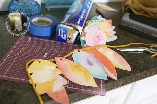 watercolor_leaf_garland