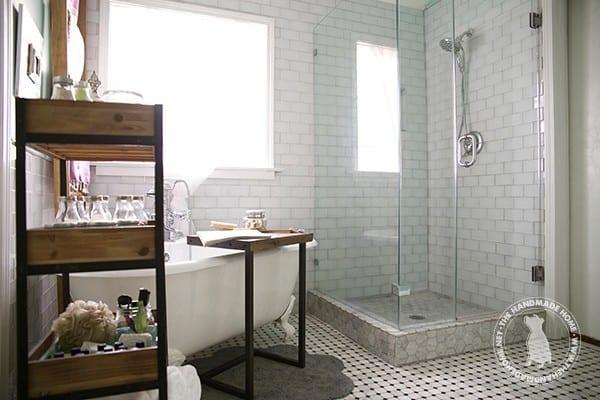 bathroom_organized