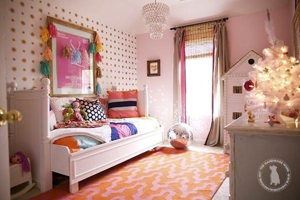 christmas_decor_girls_room