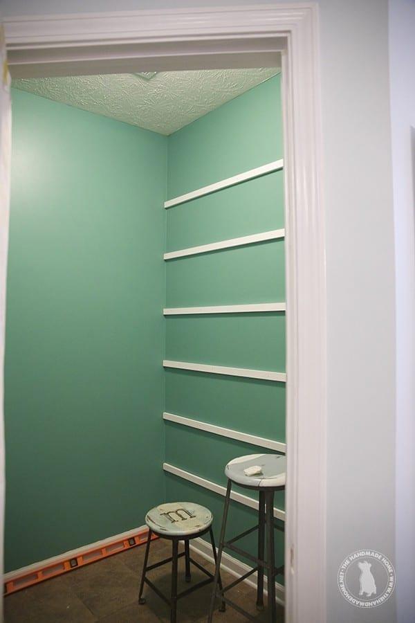 pantry_shelves