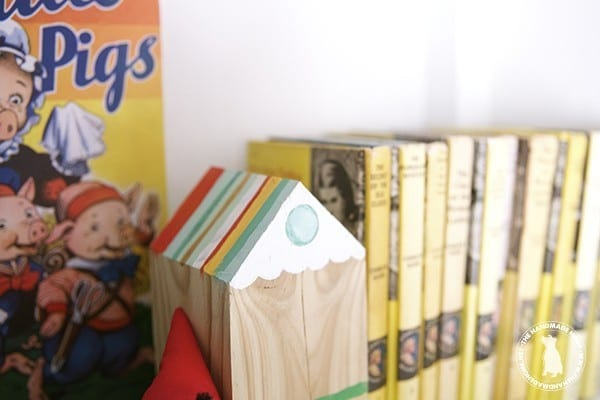bookend_handmade_house