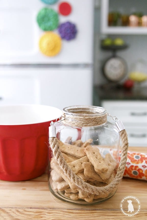homemade_dog_treats_peanut_butter