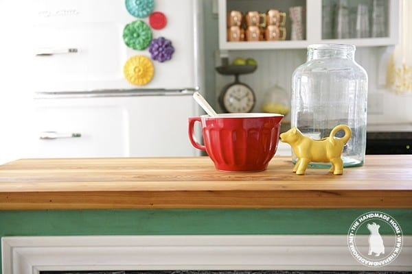 Wooden_countertop_sealed