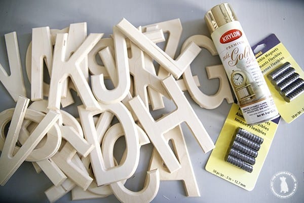 How to make a magnetic chalkboard the handmade home for Magnetic letters for 1 year old