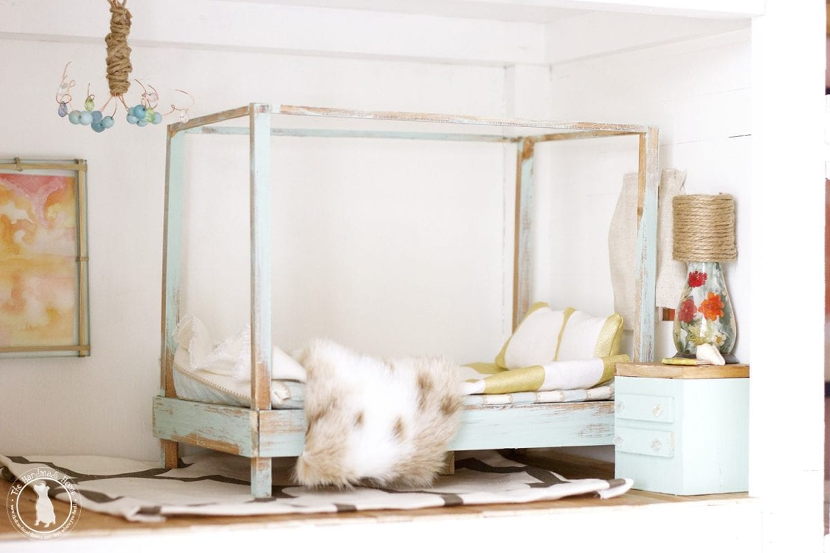 dollhouse_bedroom_handmade