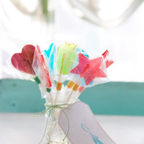 easy spring lollipops {and free printables}