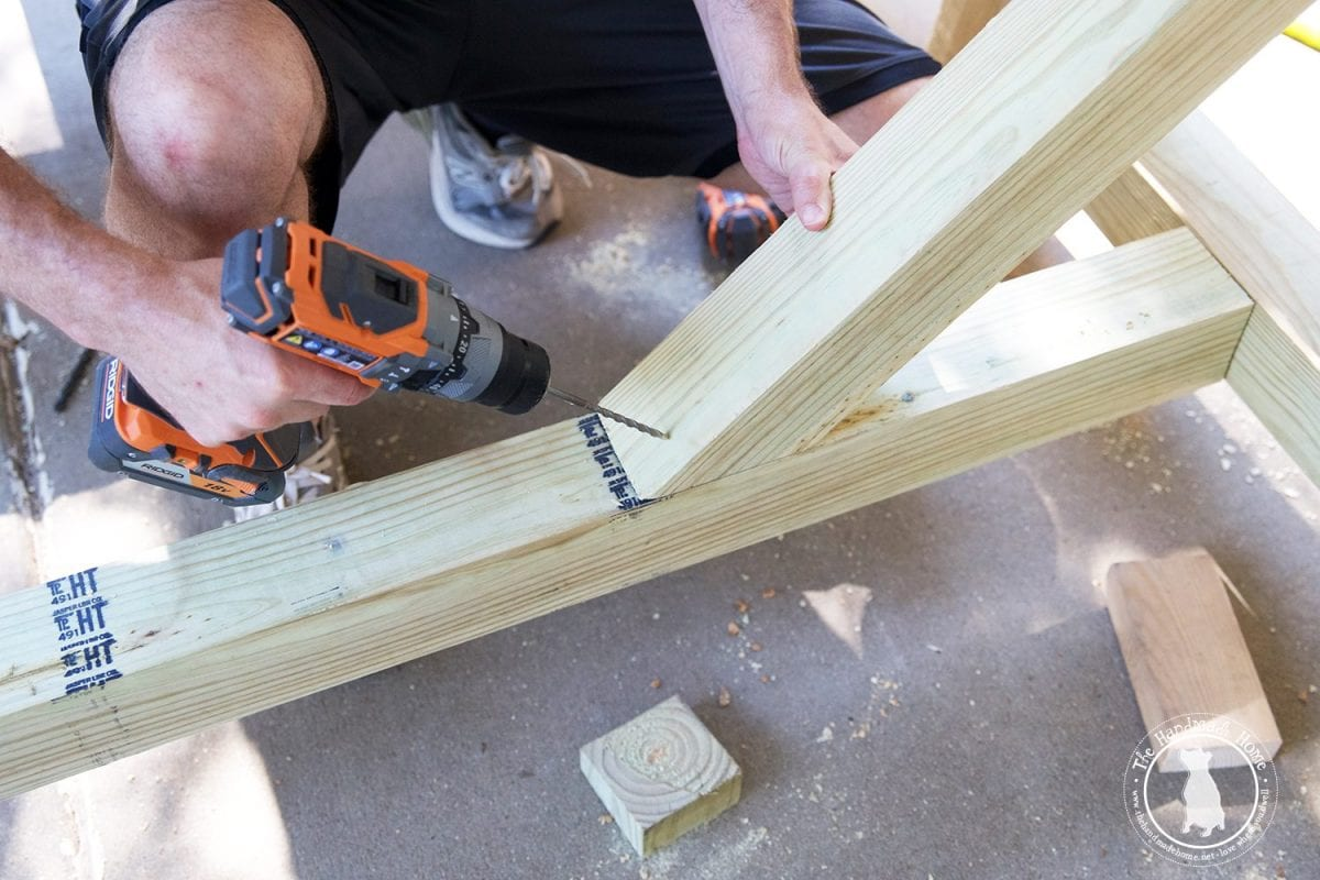 build_a_table_base