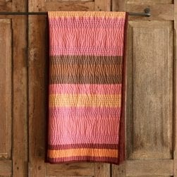 pretty_in_pink_chunky_stripe_throw