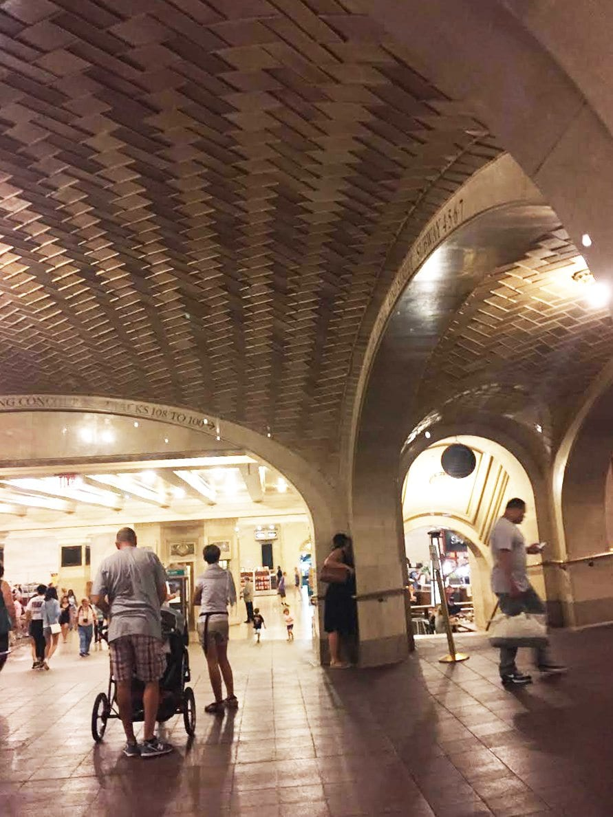 Things to see in New York City - whisper room, grand central station