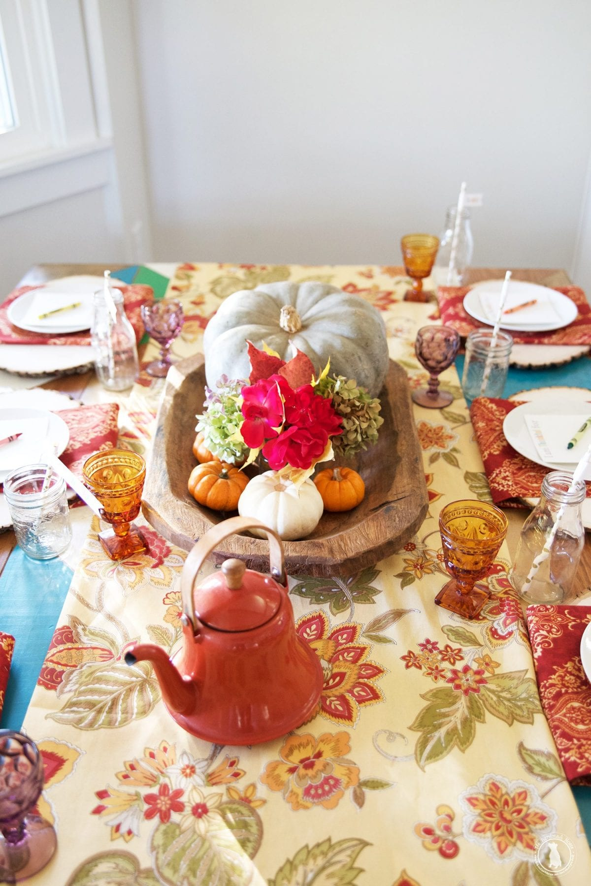fabrics-tablescape_children