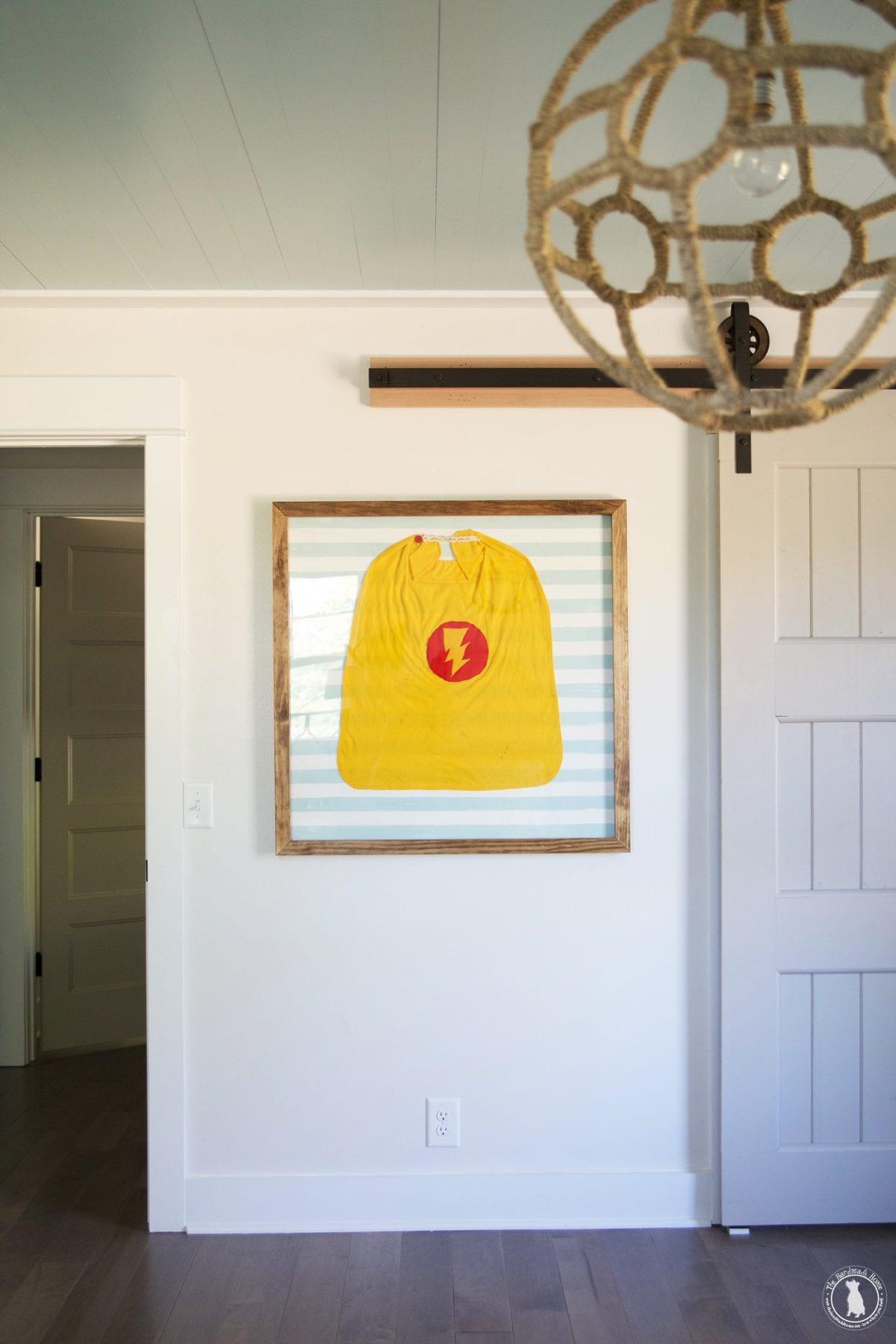 framed_cape