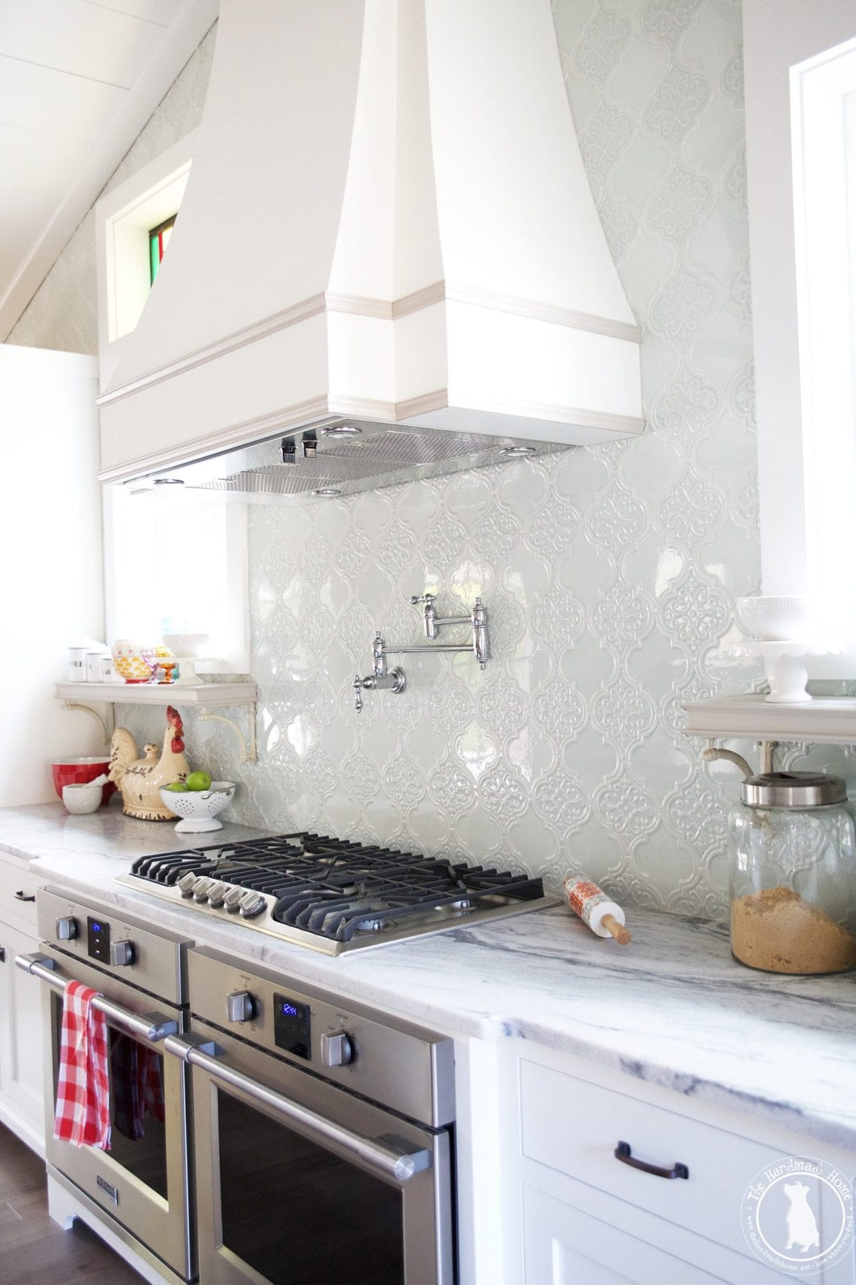 kitchen_french_hood