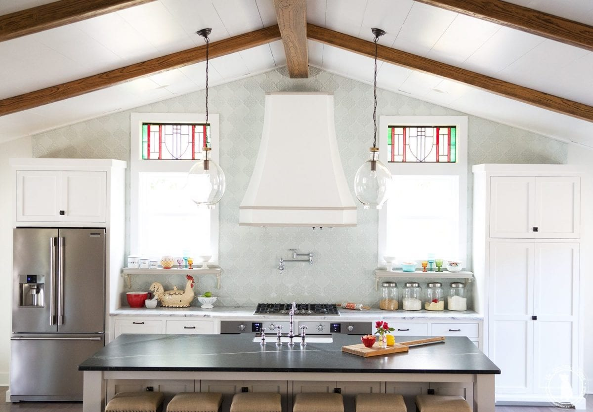 How to shiplap your ceilings the handemade home Shiplap tray ceiling
