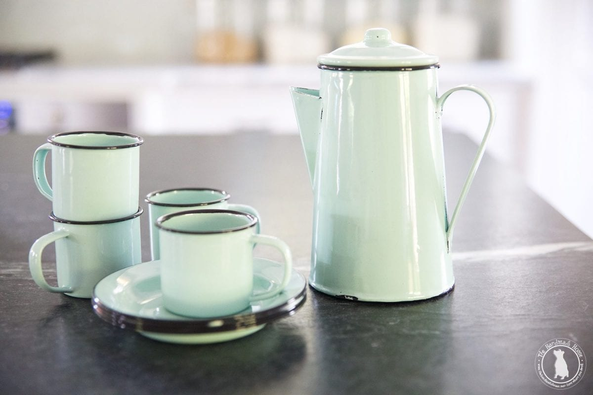 small_enamelware_set