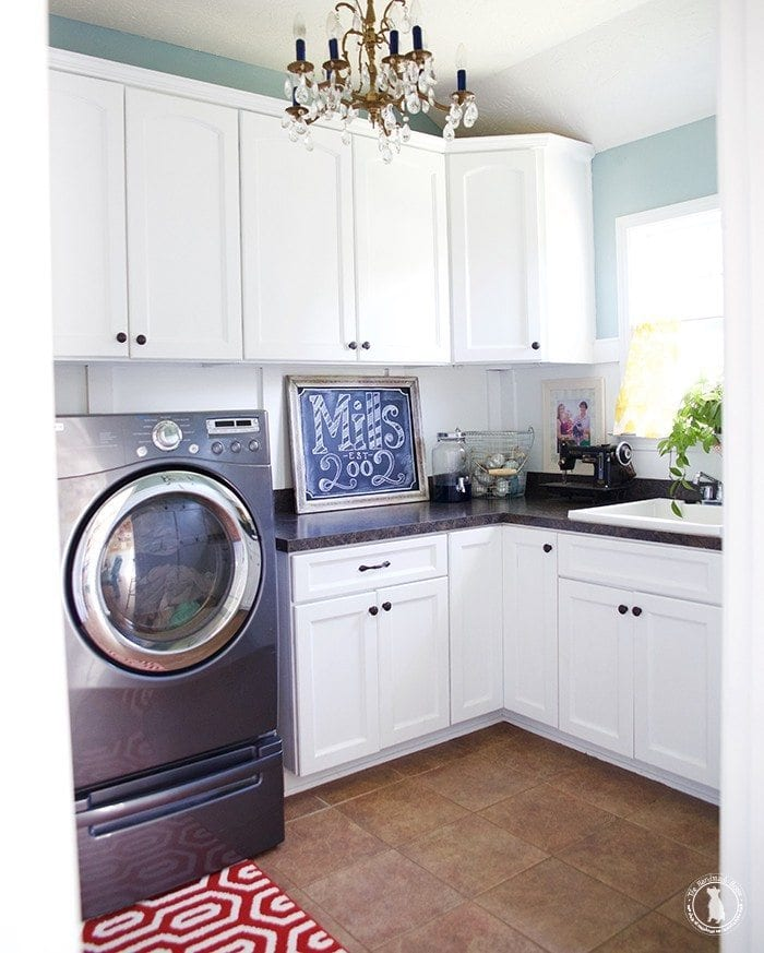 Best Laundry Room Location: Holiday Entertaining + A Laundry Packet Psa
