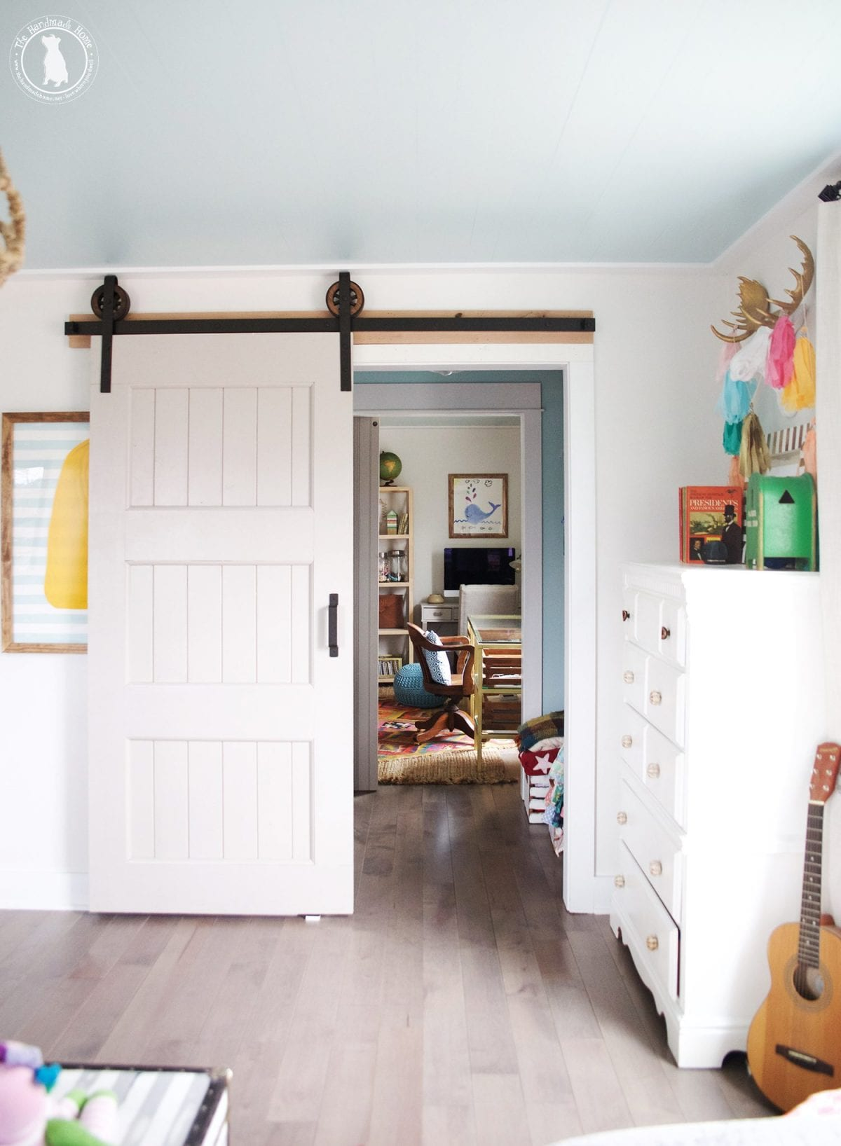 how to add a lock to a barn door