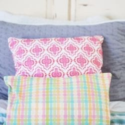 small_plaid_pillow_2