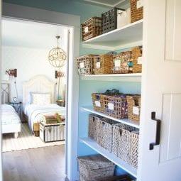 tips + tricks for an organized closet