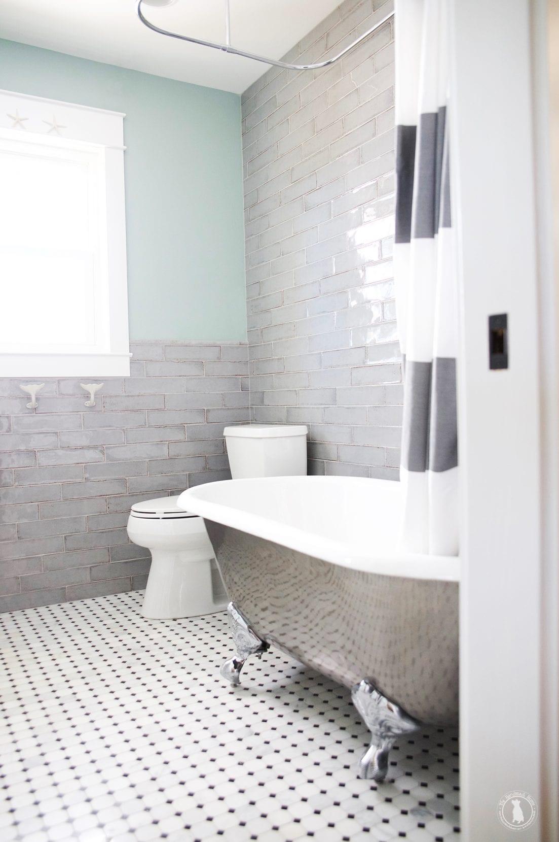 Designing a Small Bathroom - Helpful Tips & Tricks For A Small Bathroom.