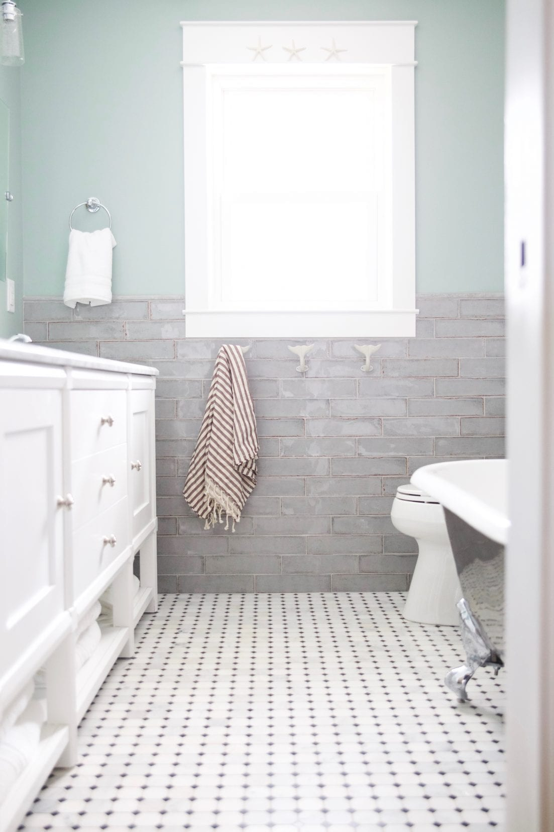 sisco hallway bath redo - The Handmade Home