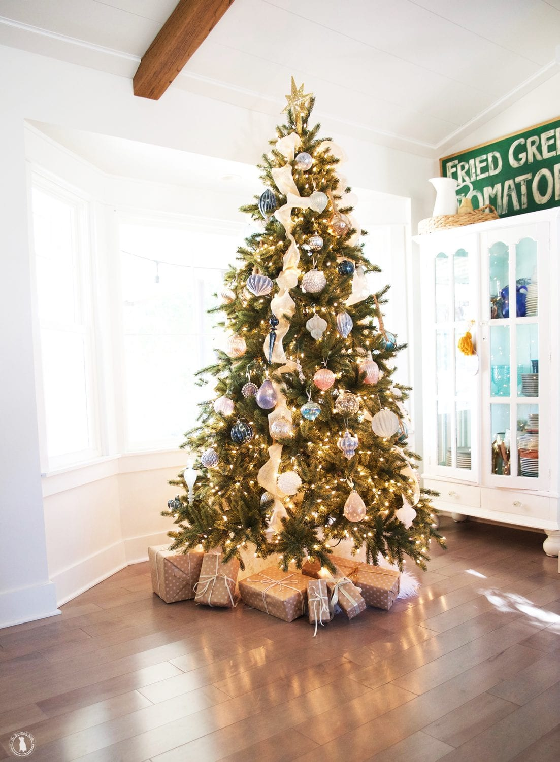 christmas tour with balsam hill - The Handmade Home