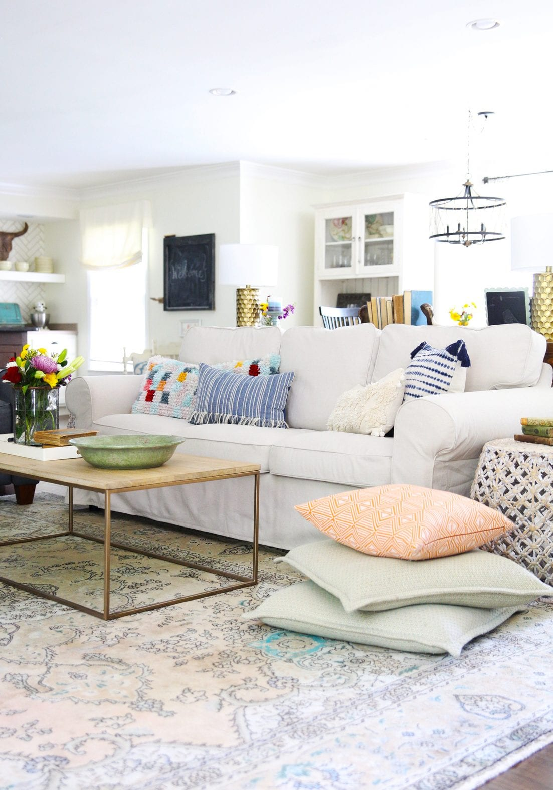 10 foolproof decorating tips - coffee table