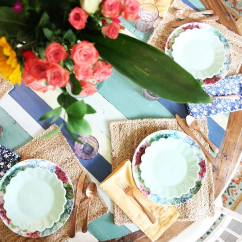 simple summer tablescape
