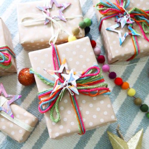 easy christmas star garland + gift topper