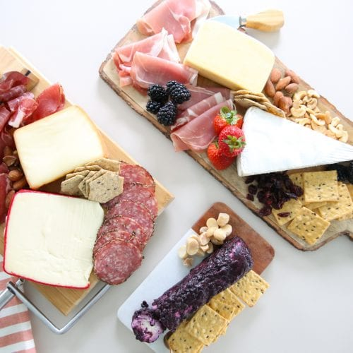 sweet and savory charcuterie board: the perfect mix for the holidays
