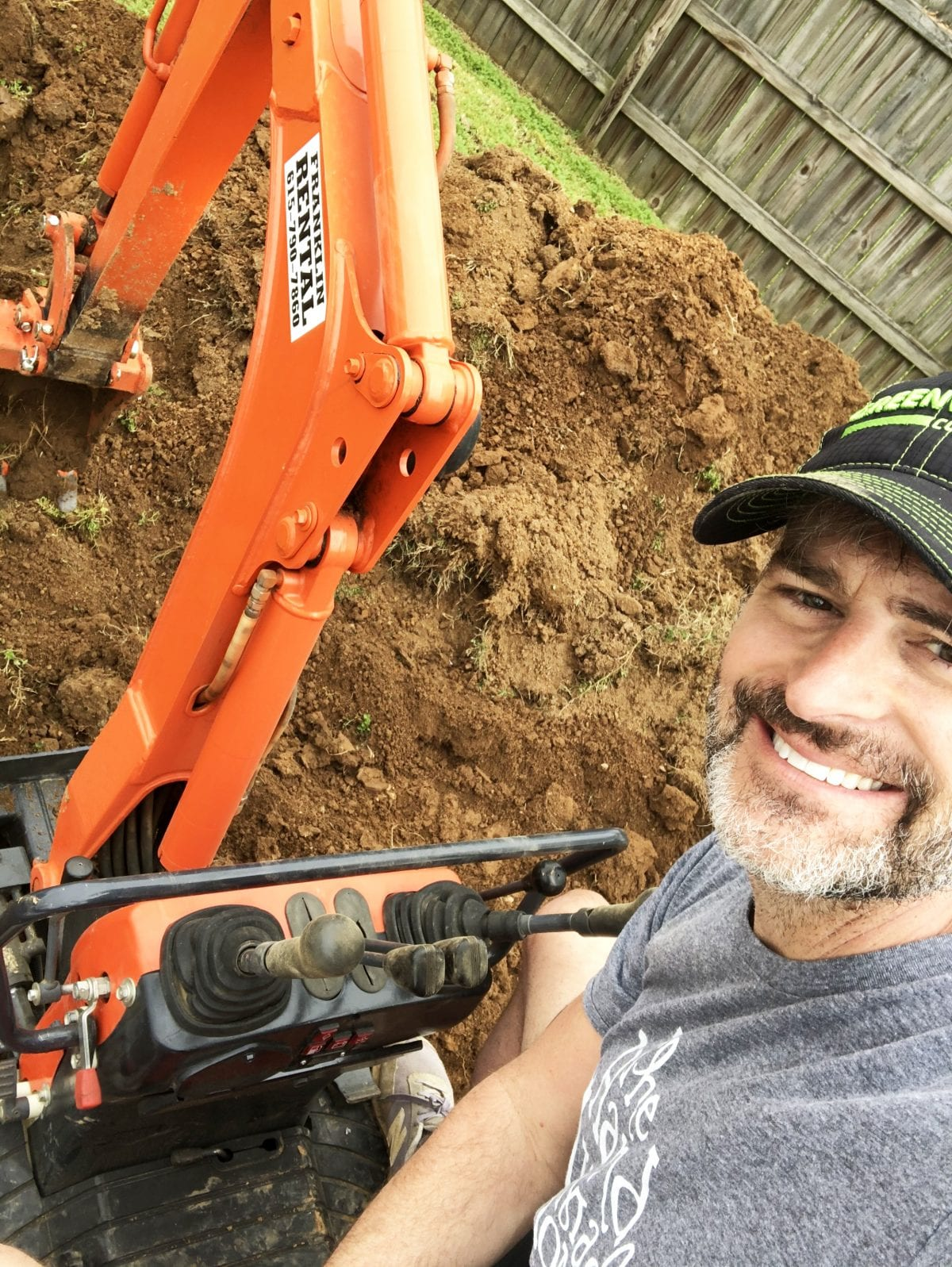 how to dig a patio paver